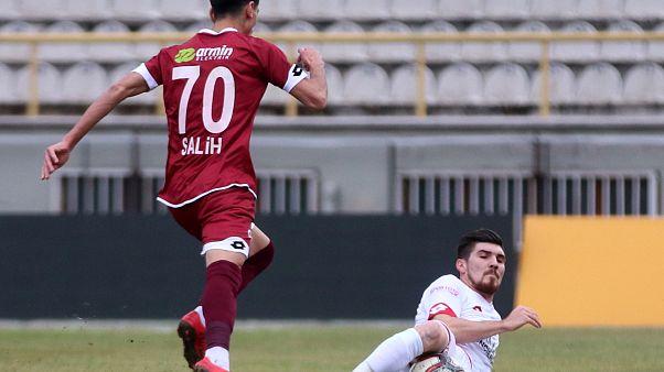 Kayyum atanan Tetiş Yapı Elazığspor'dan 1 saatte 20 transfer