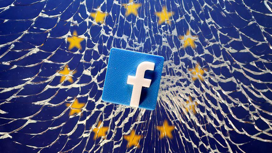 """فيسبوك يجيز لمتحف سويسري نشر صور لتمثالين """"عاريين"""""""