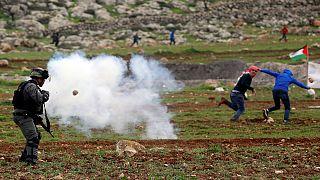 پانزده زخمی در درگیری فلسطینیان و نظامیان اسرائیلی در روستای المغير