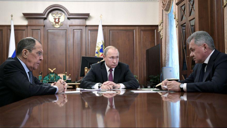 روسیه در اقدامی تلافیجویانه از پیمان موشکهای هستهای میانبرد با آمریکا خارج میشود