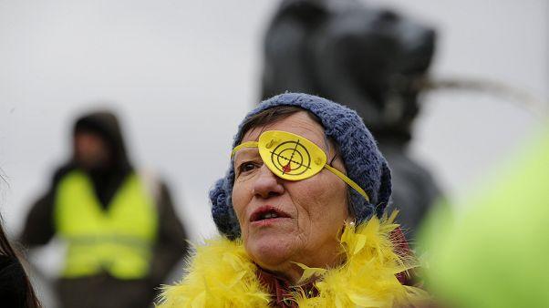 """Акт XII: """"жёлтые жилеты"""" протестуют против полицейского насилия"""