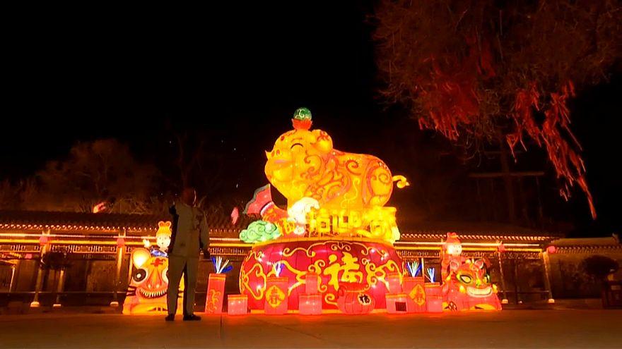 Предновогодний праздник огней в провинции Шаньси