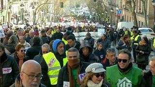Los taxistas de Madrid protestan junto a los pensionistas