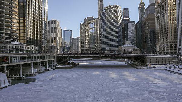 صورة لنهر شيكاغو في الولايات المتحدة الأميركية