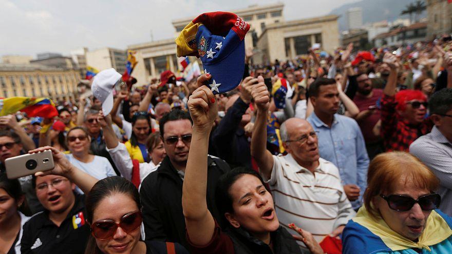 Ante la crisis de poder, Maduro propone adelantar las legislativas a este año