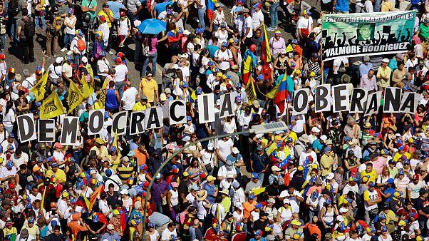 """""""Армия Венесуэлы готова отречься от режима Мадуро"""""""