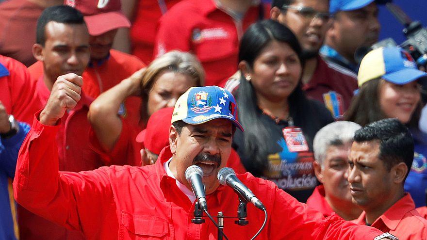 Venezuela: Maduro'dan erken seçim teklifi; Guaido'dan insani yardım haberi