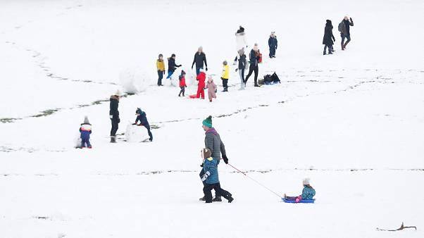 In pictures: UK turns white under big freeze