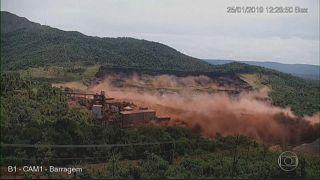 Опубликовано видео прорыва дамбы в Бразилии