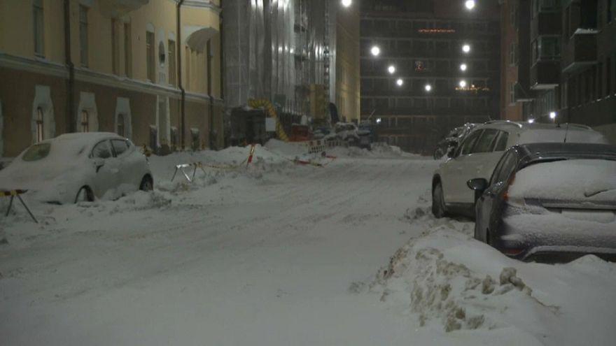 Tormentas de nieve dificultan el tráfico en Finlandia