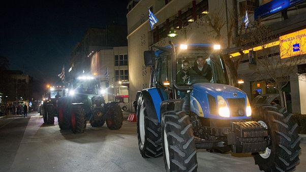 Συνάντηση κυβέρνησης-αγροτών εν όψει
