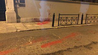 Επίθεση του Ρουβίκωνα με μπογιές στην ιταλική πρεσβεία - 14 προσαγωγές (βίντεο+φώτο)