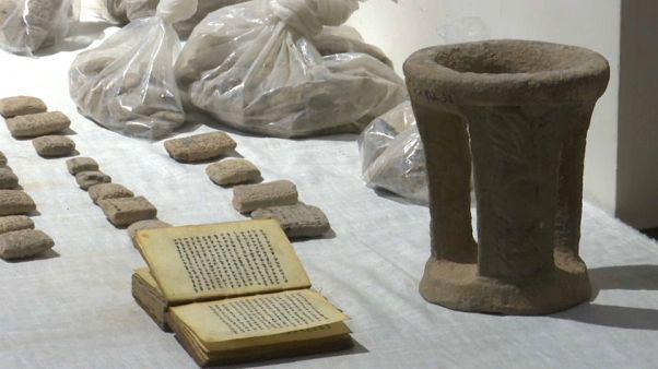 Irak recupera 1300 piezas arqueológicas saqueadas durante la guerra