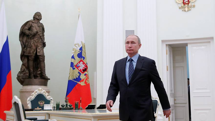 بوتين في داخل الكرملين في موسكو