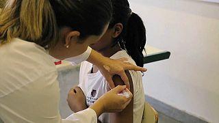 La OMS defiende la vacuna contra el virus del papiloma humano