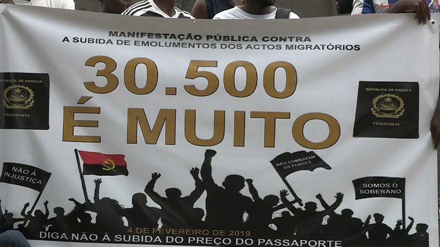 Aumento do preço do passaporte causa revolta em Angola