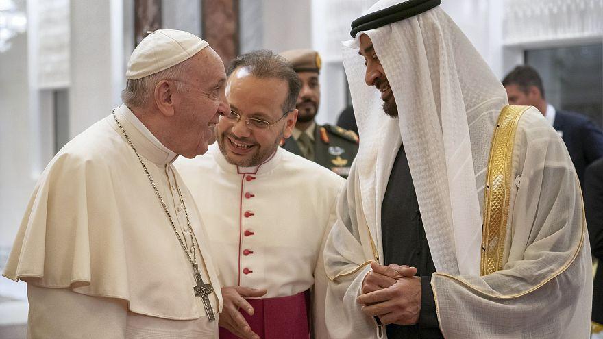 البابا فرنسيس يدعو للإمارات في صلاته