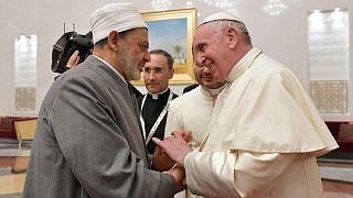 A legfontosabb szunnita vallástudóssal tárgyal Ferenc pápa
