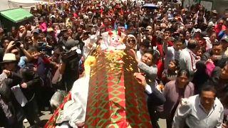 La resurrección de Pepino inicia la temporada del carnaval en Bolivia