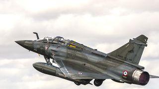 طائرة  ميراج 2000 من سلاح الجو الفرنسي