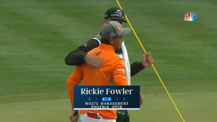 Rickie Fowler vence el Abierto de Phoenix en una agónica jornada final