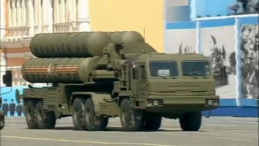 La Russie se retire à son tour du traité INF