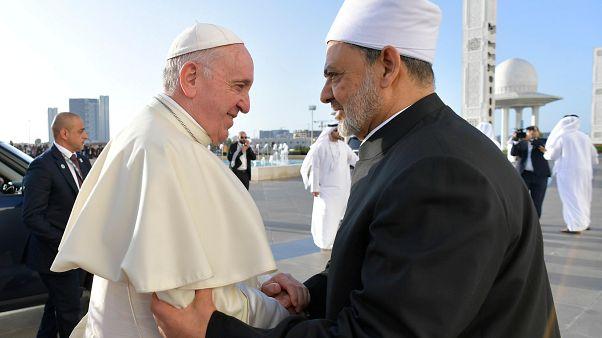 البابا فرنسيس وشيخ الأزهر في أبو ظبي