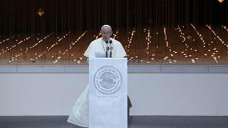 البابا فرنسيس: عواقب الحرب في اليمن بادية أمام أعيننا