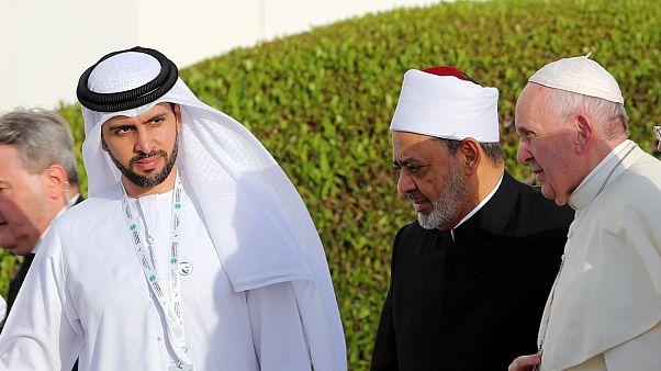 Abu Dhabi: Papst Franziskus wirbt für mehr Toleranz zwischen den Religionen