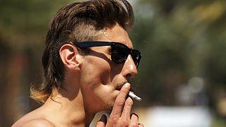 Havai'de sigara satış yaşının 100'e çıkarılması için kanun tasarısı