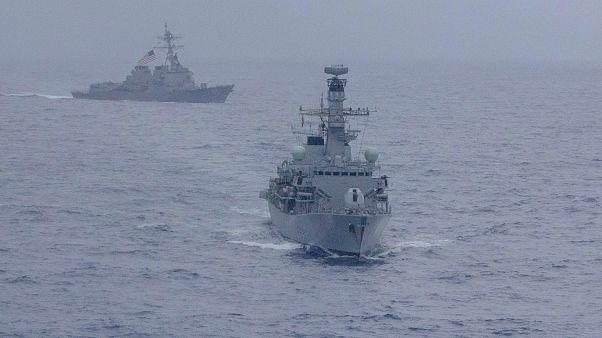 فرانسه و سعودی قرارداد ساخت ناو جنگی در خاک عربستان امضا کردند