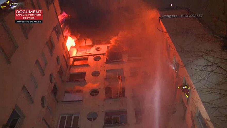 Szándékos gyújtogatás okozhatta a halálos párizsi épülettüzet