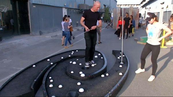 ملعب الغولف الموجود في دبي