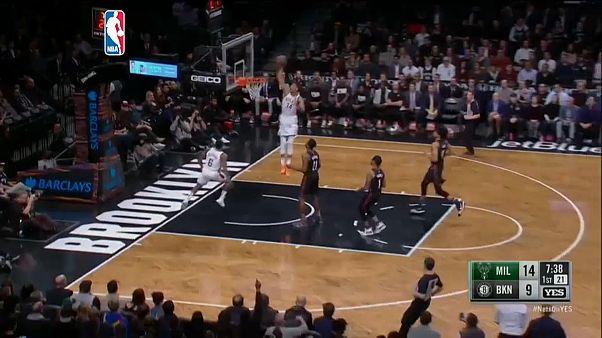 NBA: vincono Milwaukee Bucks e Sacramento Kings