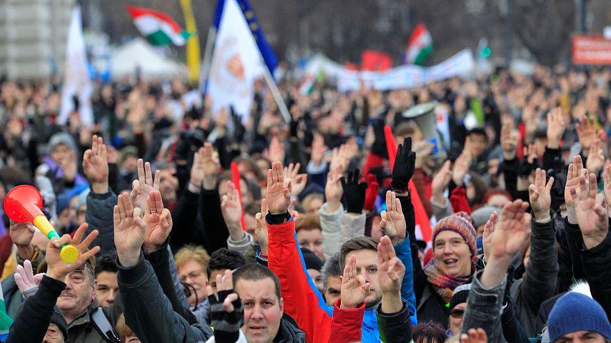 Nagy, összellenzéki tüntetést hirdetnek vasárnapra, Orbán évértékelőjére