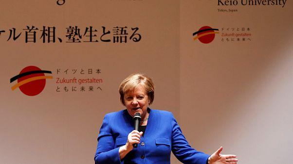 Japan-Besuch: Merkel schlägt Brücke zwischen Tradition und Digitalisierung
