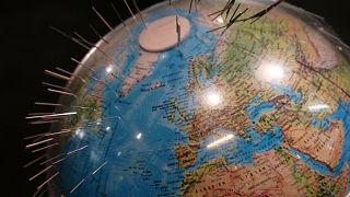 Manyetik Kuzey Kutbu Rusya'ya doğru tahmin edilenden çok daha hızlı ilerliyor