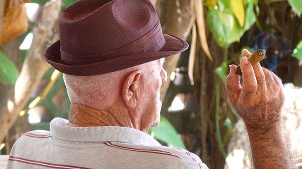 На Гавайях намерены запретить продажу сигарет лицам моложе 100 лет