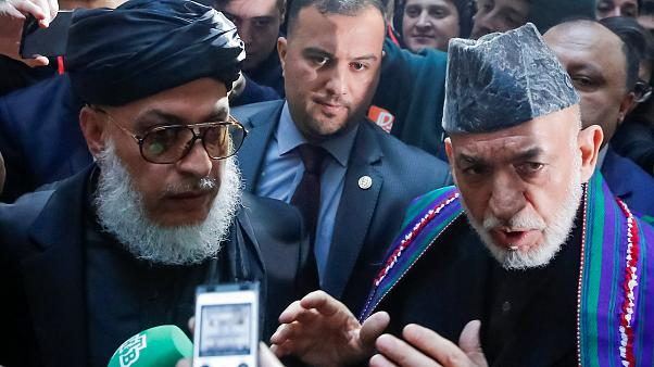 Taliban temsilcisi Abbas Stanikzay, eski Afg Cumhurbaşkanı Hamid Karzai