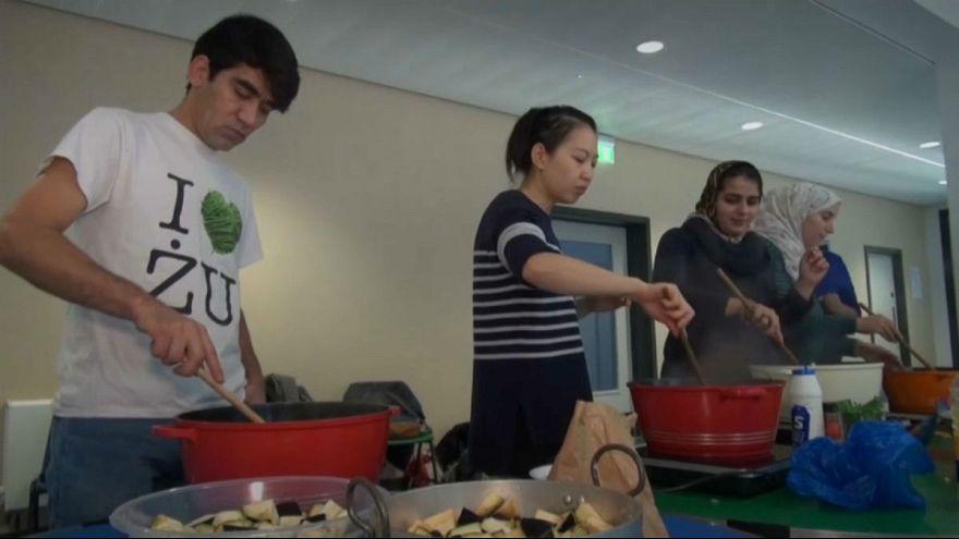 لندن؛ کلاس آشپزی که توسط مهاجران اداره میشود