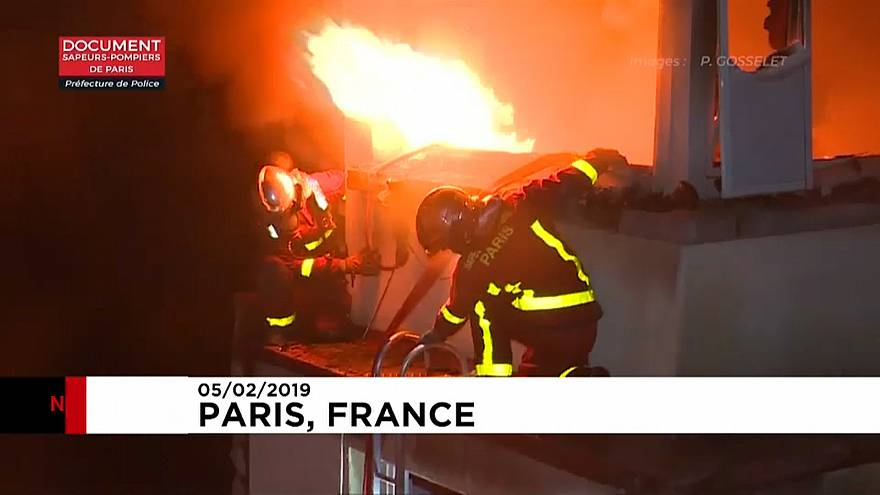 At least ten killed in Paris building fire