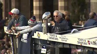 Boston célèbre la victoire des Patriots au Super-Bowl