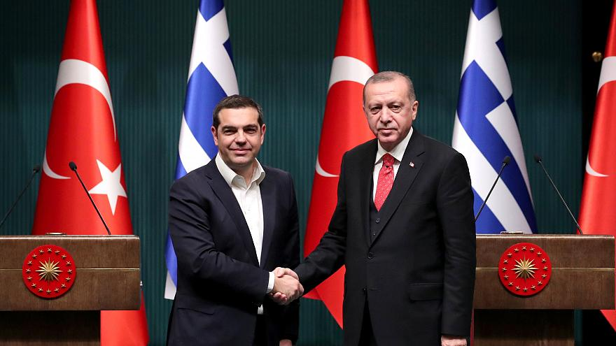 Grecia y Turquía acuerdan mantener el diálogo para resolver sus diferencias