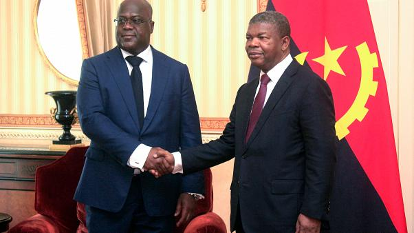 """En visite en Angola, le président de la RDC vante """"l'alternance démocratique"""""""