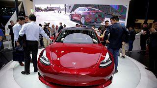 Tesla Model 3, üç senedir 35 bin Dolar'a satılamadı!