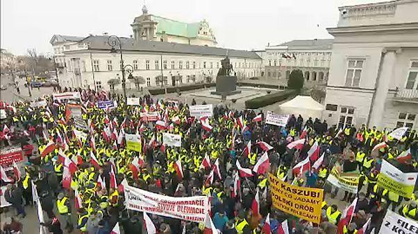 """""""Agrárfelkelés"""" a lengyel elnöki palotánál"""