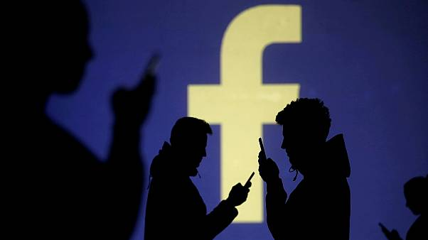 I was an early Facebook investor. Here's why Mark Zuckerberg's platform now scares me ǀ View