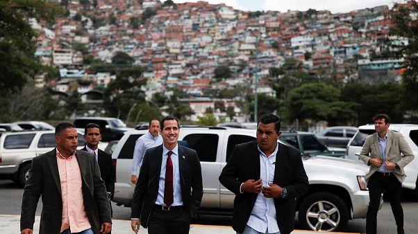 Venezuelalı muhalifler petrol gelirlerini almak için ABD'de fon açıyor