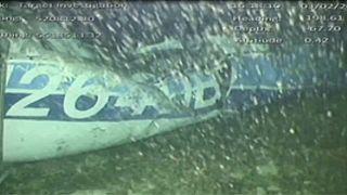 Almeno un corpo nel relitto dell'aereo di Sala