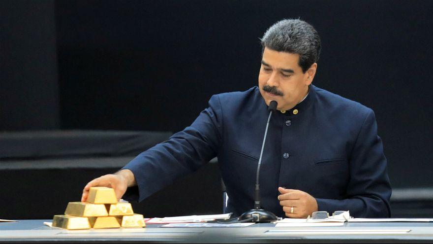مخالفان دولت ونزوئلا: مادورو ۷۳ تن طلا به ترکیه و امارات فروخته است